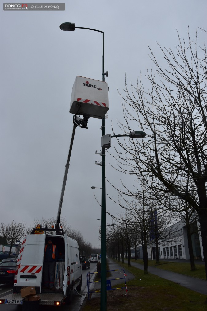 2018 - video instal